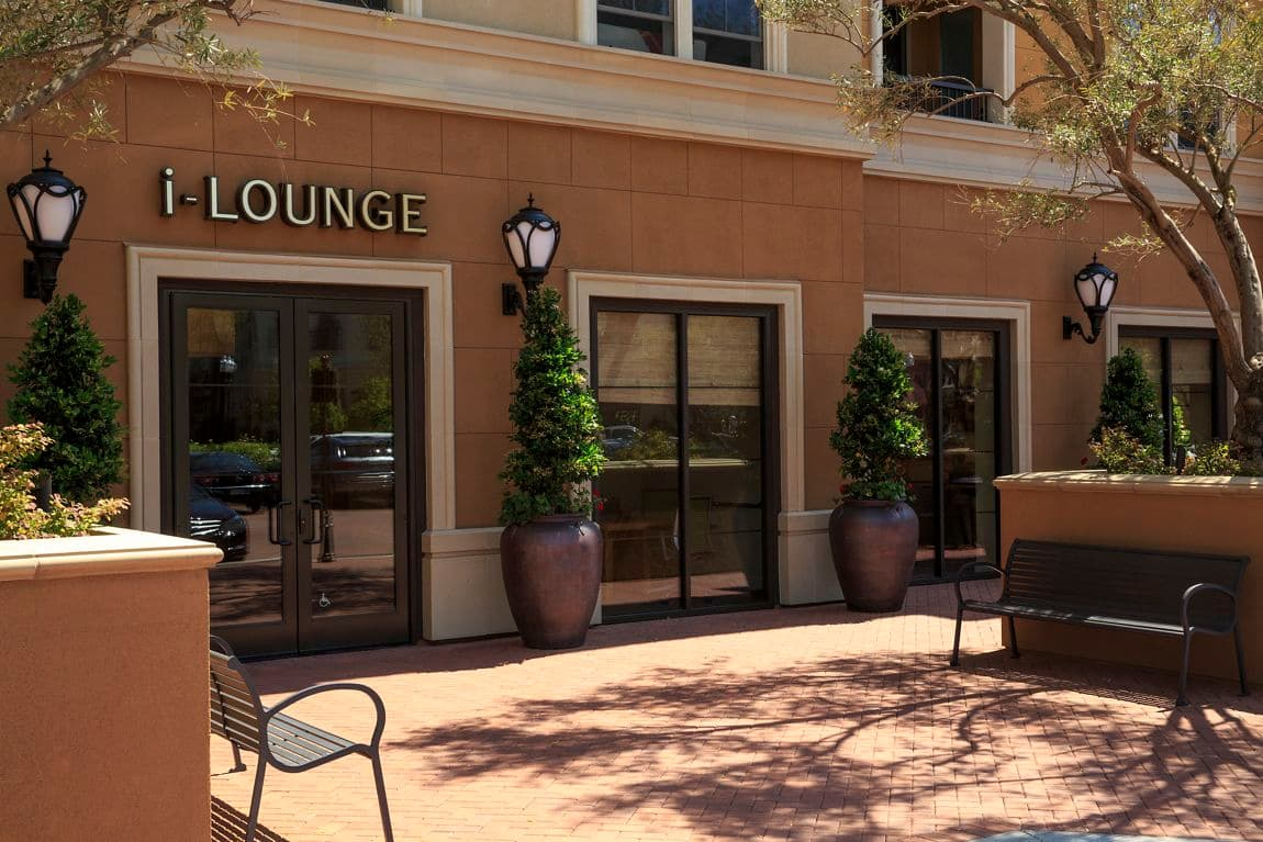 Exterior view of the i-lounge at Crescent Village Apartment Homes in San Jose, CA.