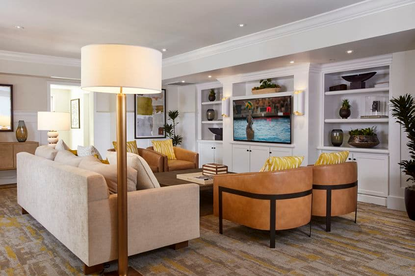 Interior view of the clubhouse at The Oaks at North Park Apartment Homes in San Jose, CA.