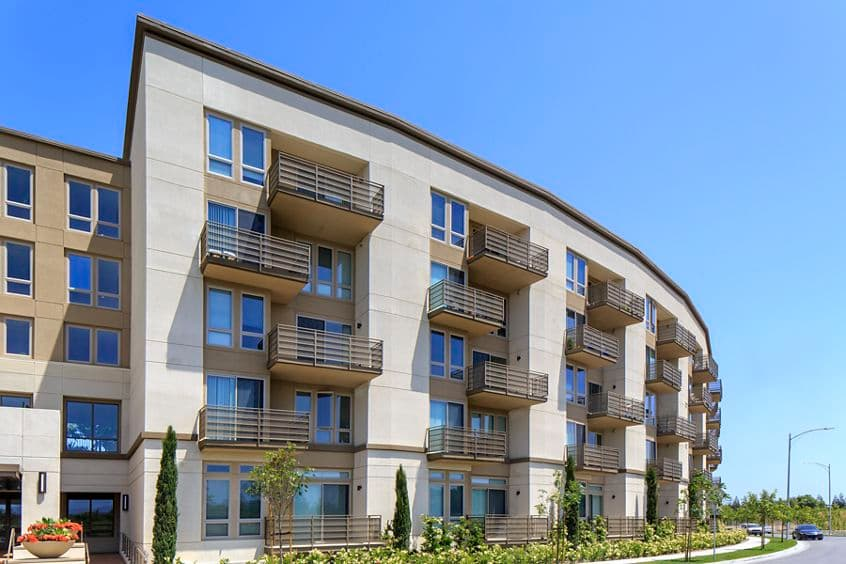 Exterior view of River View Apartment Homes in San Jose, CA.
