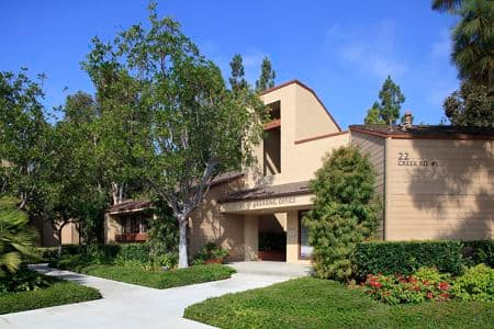Exterior view of Cross Creek Apartment Homes in Irvine, CA.