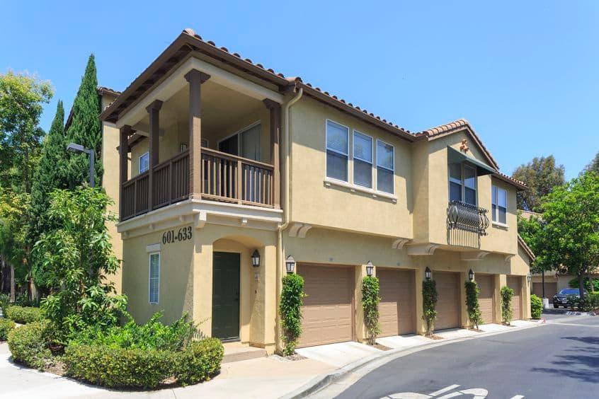 Exterior view of Estancia Apartment Homes in Irvine, CA.