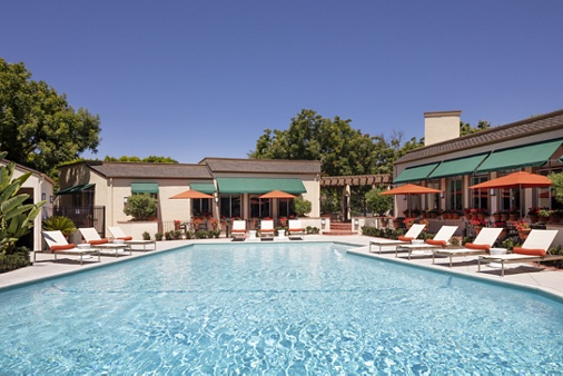 Pool view at Rancho San Joaquin Apartment Homes in Irvine, CA.