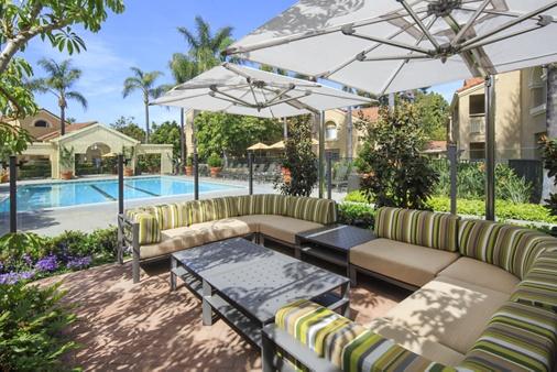 Pool view at San Leon Villa Apartment Homes in Irvine, CA.