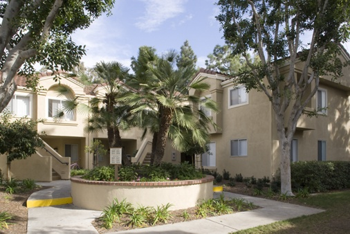 Exterior view of San Marino Villa Apartment Homes in Irvine, CA.