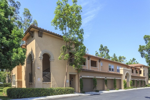 Exterior view of Somerset Apartment Homes in Irvine, CA.