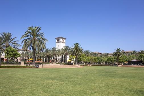 Exterior view of The Park at Irvine Spectrum Apartment Homes in Irvine, CA.