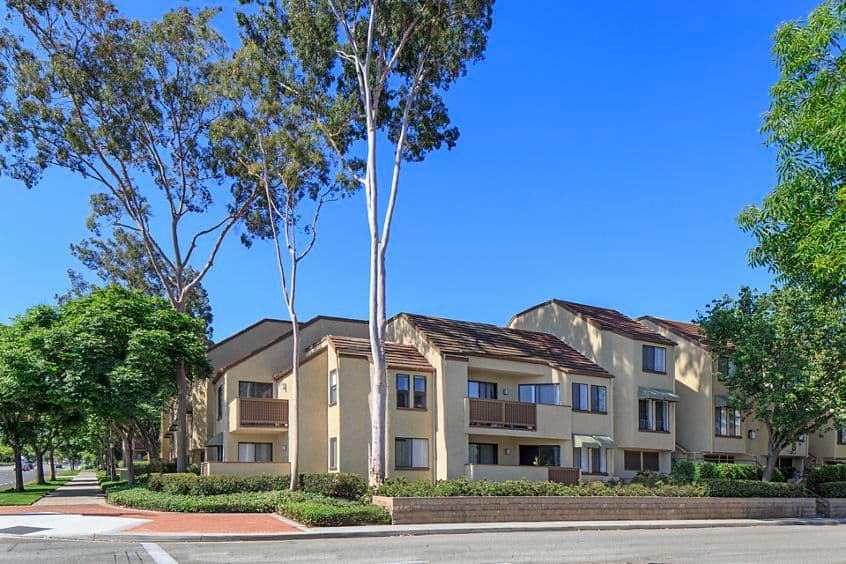 Exterior view of Berkeley Court Apartment Homes at University Town Center in Irvine, CA.