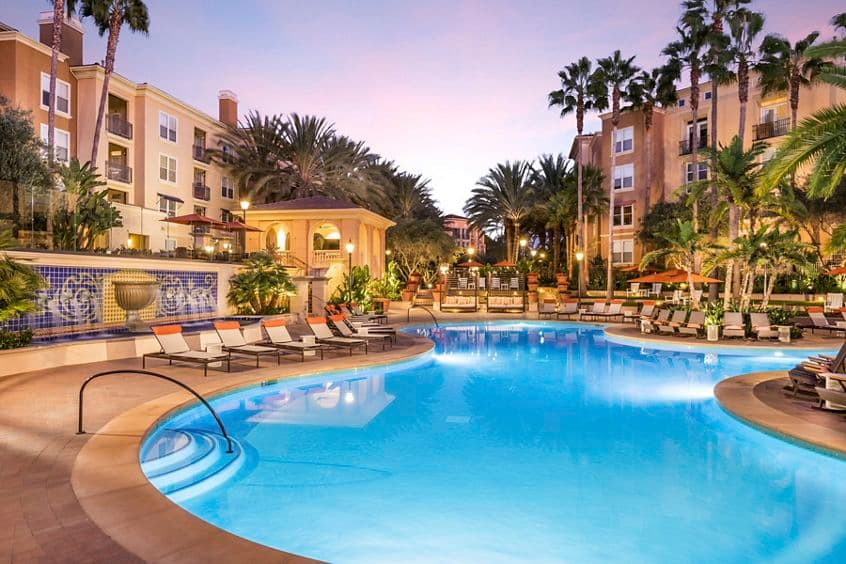 Pool view of Villa Siena Apartment Homes in Irvine, CA.