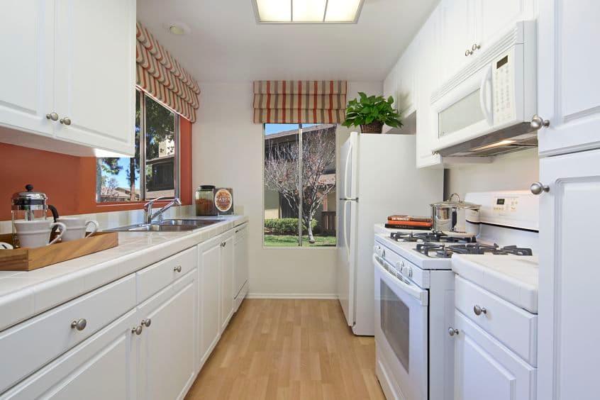 Interior view of Woodbridge Pines Apartment Homes in Woodbridge. Lamb 2015.