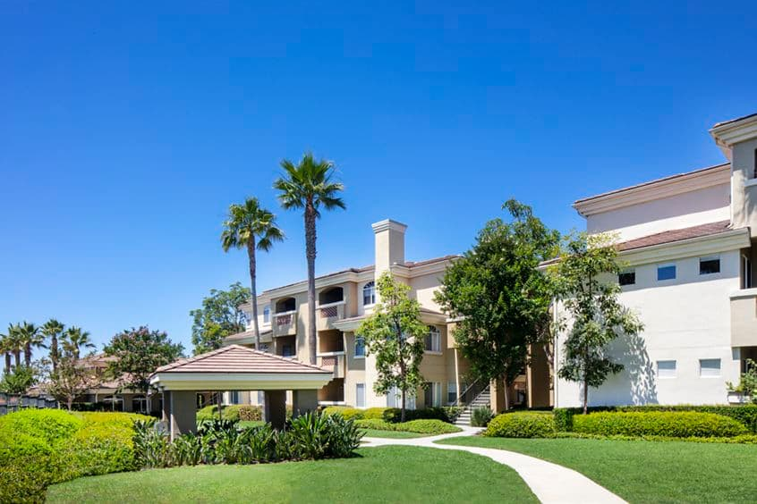 Exterior view of Vista Real Apartment Homes in Mission Viejo, CA.