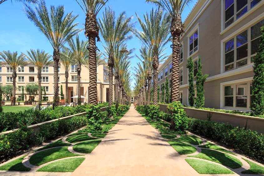 Exterior view of Villas Fashion Island Apartment Homes in Newport Beach, CA.