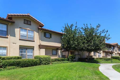 Exterior view of Rancho Maderas Apartment Homes in Tustin, CA.