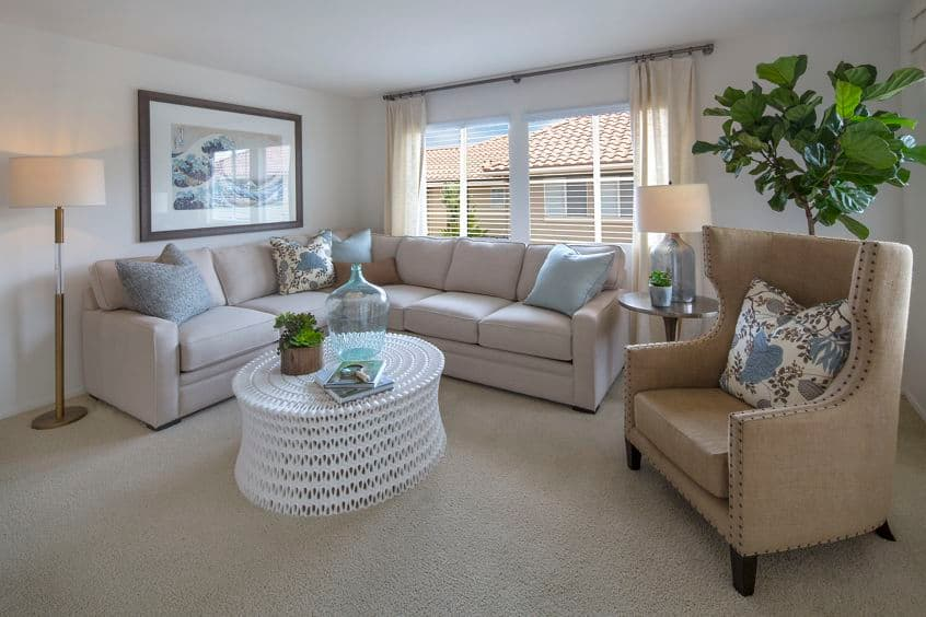 Interior view of living room at Rancho Santa Fe Apartment Homes in Tustin, CA.