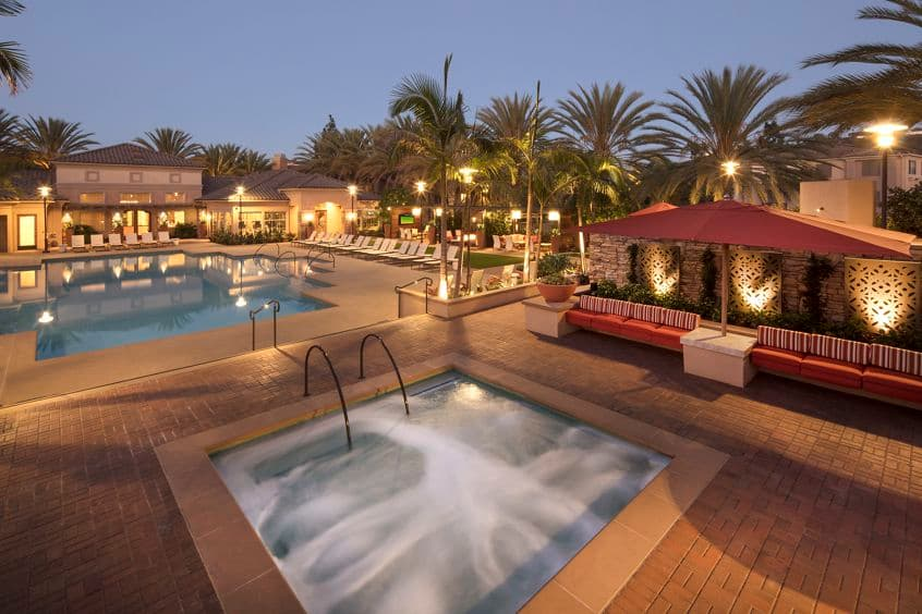 View of pool and spa at Del Rio Apartment Homes in Mission Valley, CA.