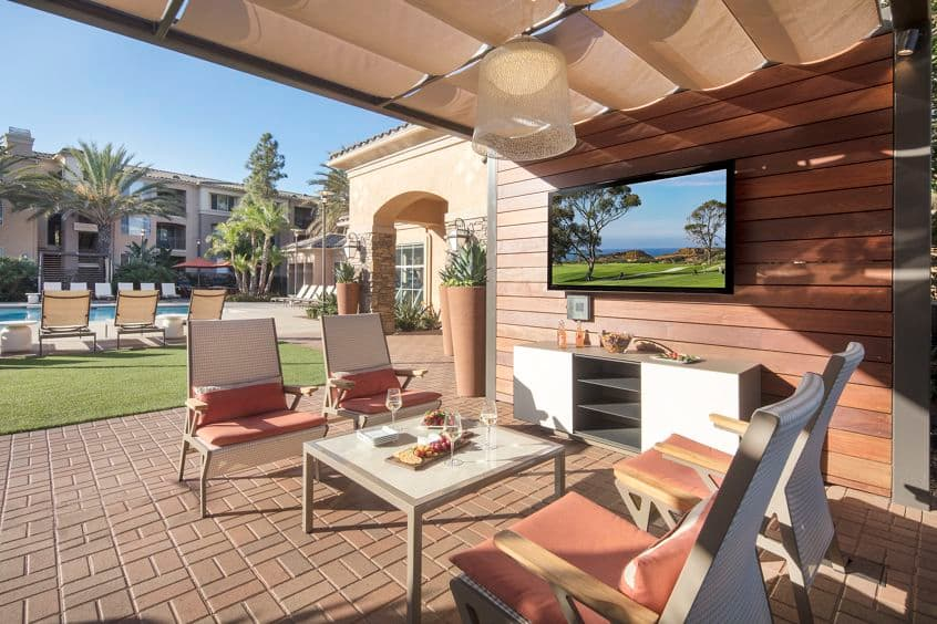 View of terrace at Del Rio Apartment Homes in Mission Valley, CA.