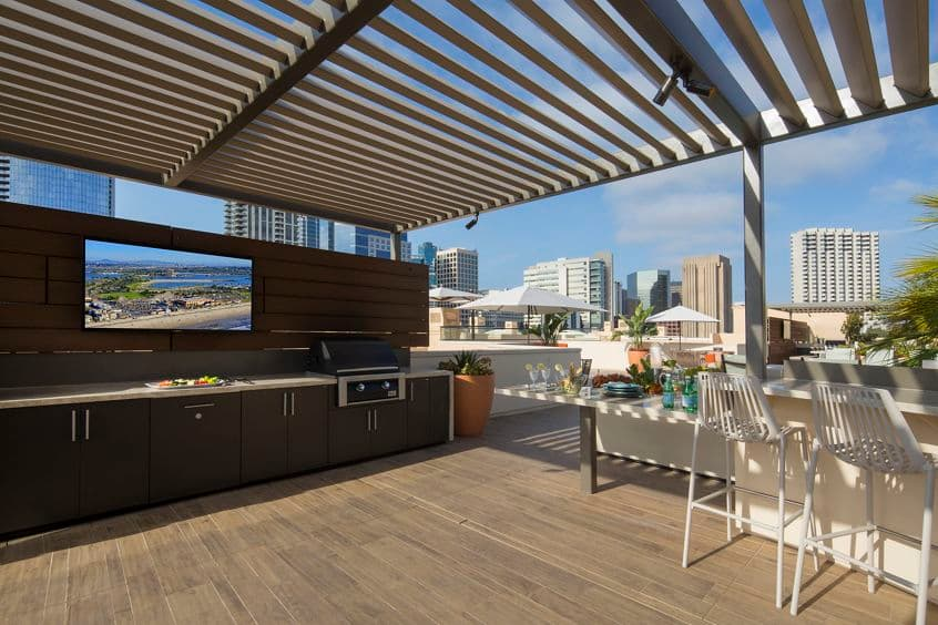 Exterior view of roof deck at Harborview Apartment Homes in San Diego, CA.