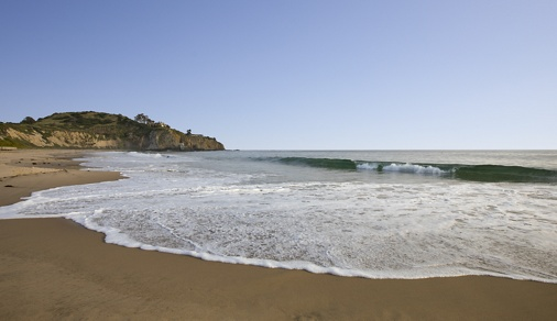Exterior daytime view of ocean at Crystal Cove State Park in Newport Coast, CA.