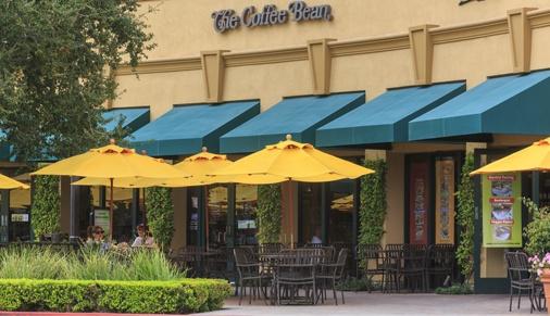 Exterior views of The Coffee Bean & Tea Leaf at Oak Creek Shopping Center. Lamb 2014.