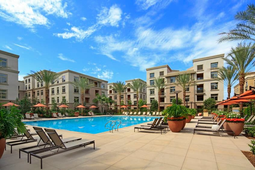 Exterior view of Centerpointe Apartment Homes in Irvine Spectrum. Lamb 2015.