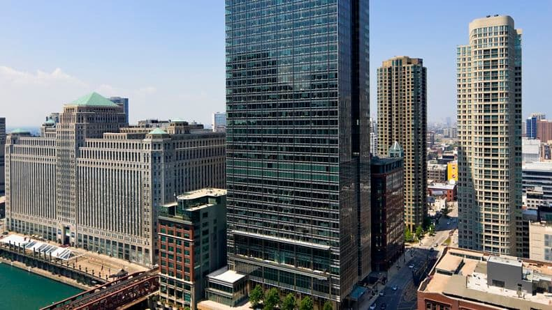 300 North LaSalle, Location: Chicago IL, Architect: Pickard Chilton