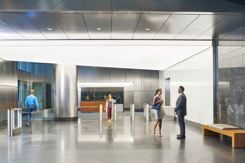 Photography of the lobby at 71 South Wacker, Chicago, IL