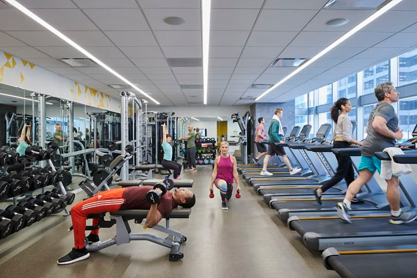 Lifestyle photography photography of the KINETIC fitness center at One North Wacker in Chicago, IL