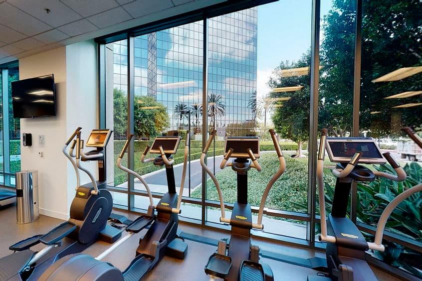 Photography of KINETIC fitness center at Irvine Towers, 18100 Von Karman Ave, Irvine, California.