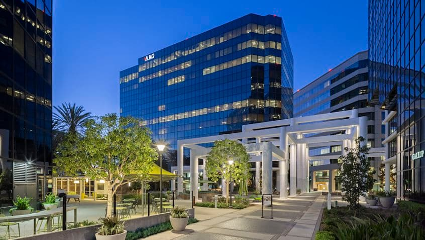 Hero photography of building exteriors at 18200 Von Karman Avenue - Irvine Towers in Irvine, CA