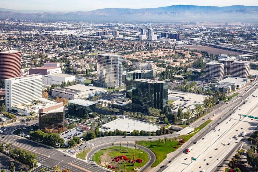 Aerial view of 675 Anton Blvd at Pacific Arts Plaza in Costa Mesa, CA.
