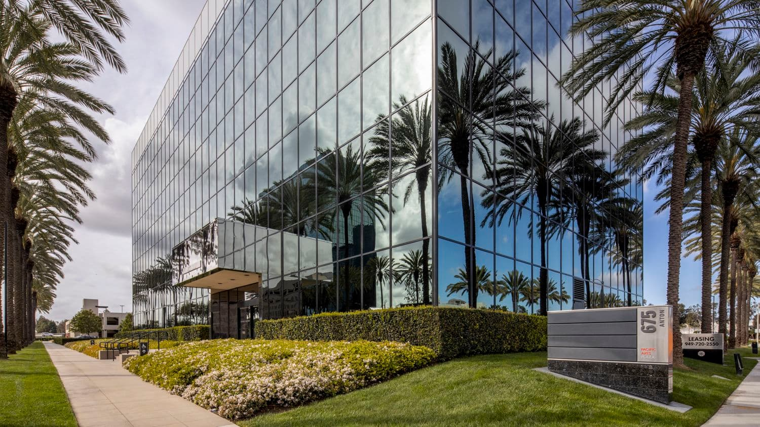 Exterior view of 675 Anton Blvd at Pacific Arts Plaza in Costa Mesa, California.