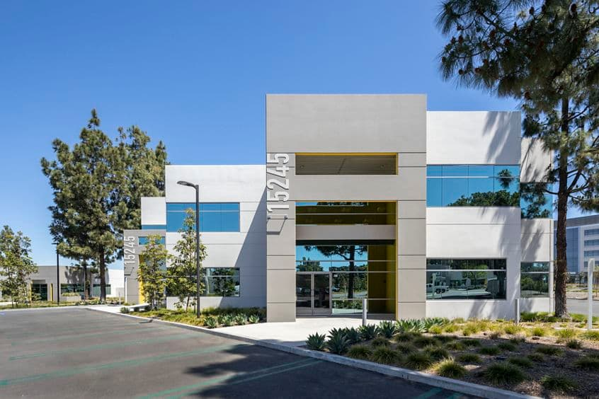 Building hero photography of Alton Plaza - 15245 Alton Parkway in Irvine, CA