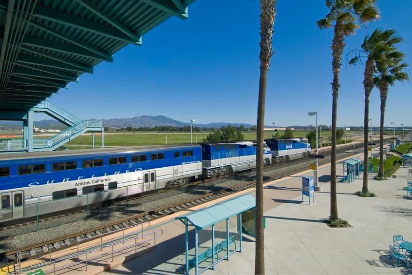 View of the Irvine Transportation Center in Irvine Spectrum 3. Snipes 2009.
