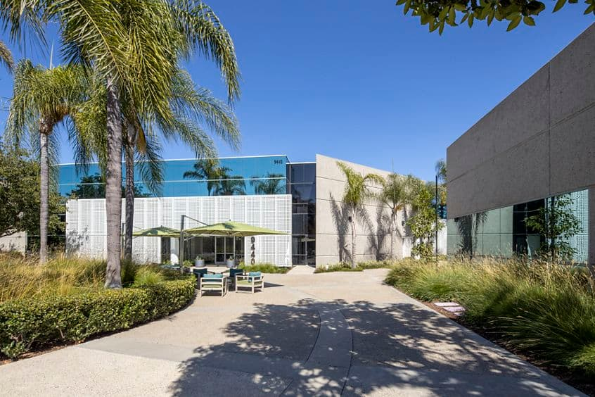 Photography of the outdoor workspace after reinvestment at Canyon Ridge Technology Park in San Diego, CA