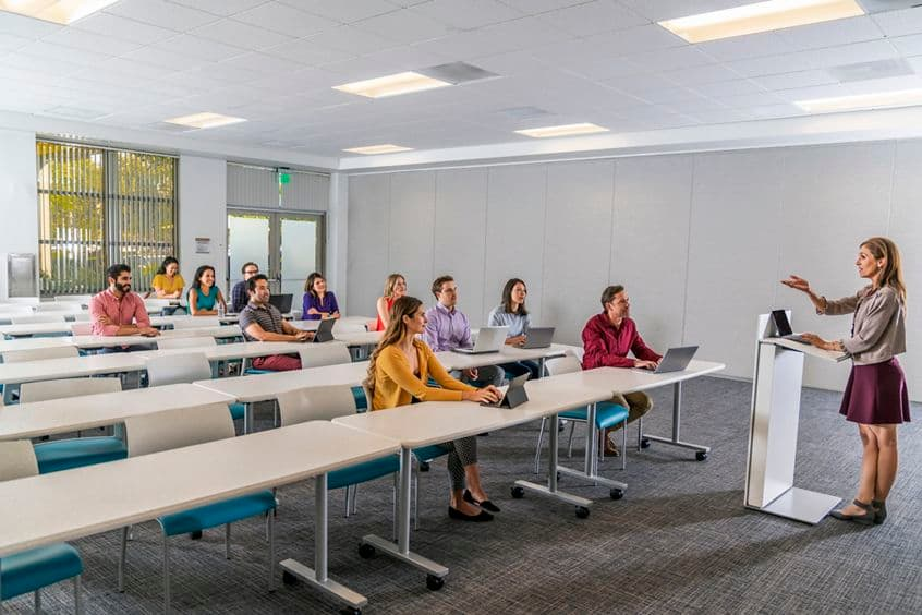 Lifestyle photography of the conference center at McCarthy Center - 690 N McCarthy Boulevard in Milpitas, CA