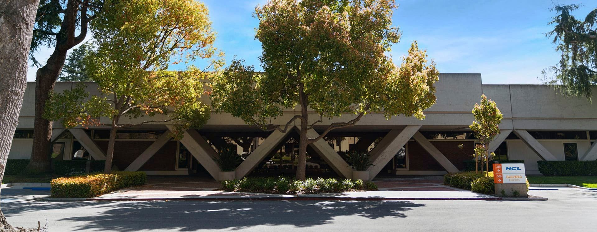 Exterior building photography of 306 Potrero Avenue in 306-320 Potrero / 870 Hermosa, in Sunnyvale, California.