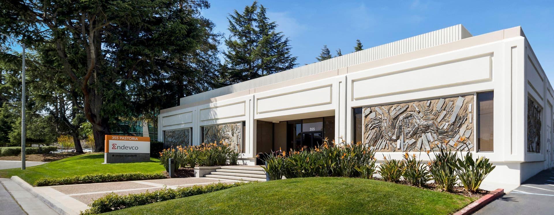 Exterior building photography of 815 Hermosa & 355 Pastoria Ave in 815 Hermosa/355 Pastoria, in Sunnyvale, California.